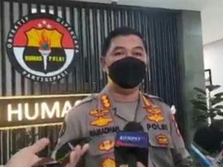 Eks Petinggi FPI Munarman Di Tangkap Tim Densus 88 Mabes Polri